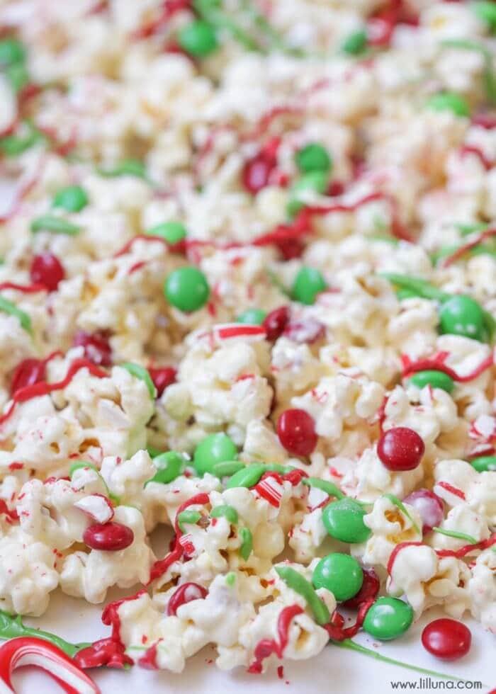 christmas-popcorn-3-700x980